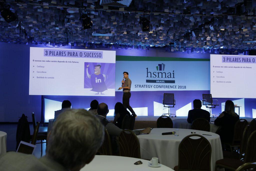 Daniel Scott fechou o evento falando sobre redes sociais.